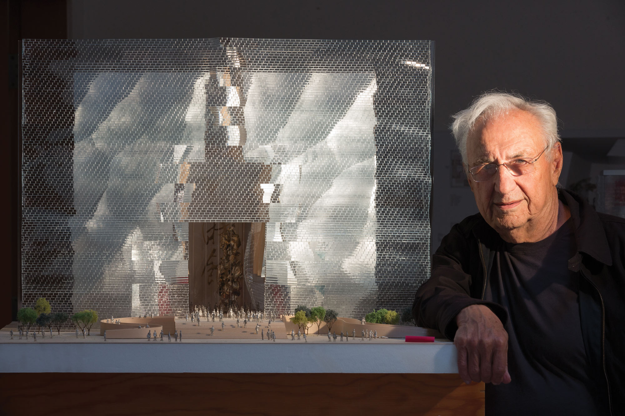 Online Selling Sites >> Architect Frank Gehry | Business Jet Traveler