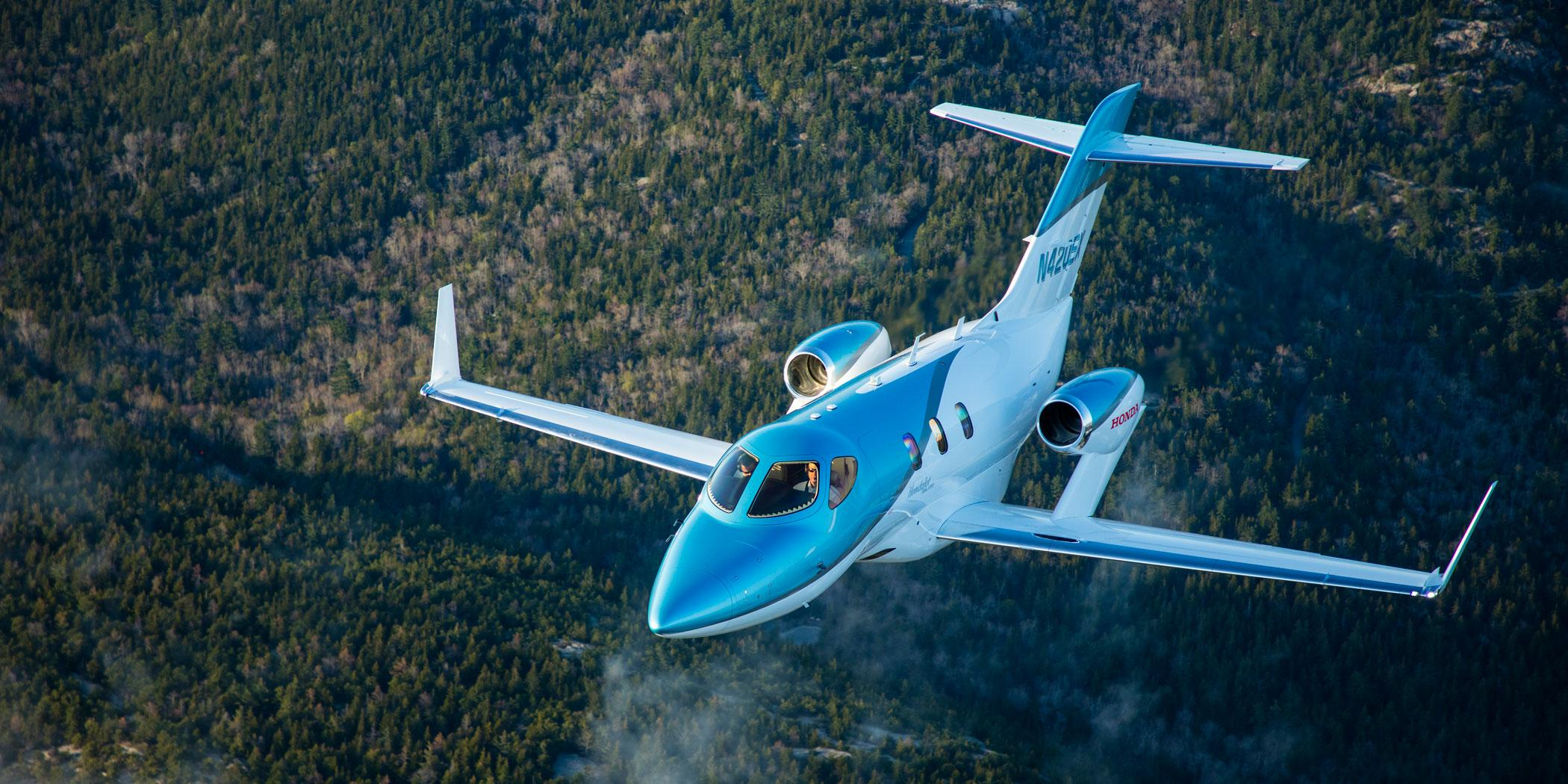 HondaJet Elite in flight