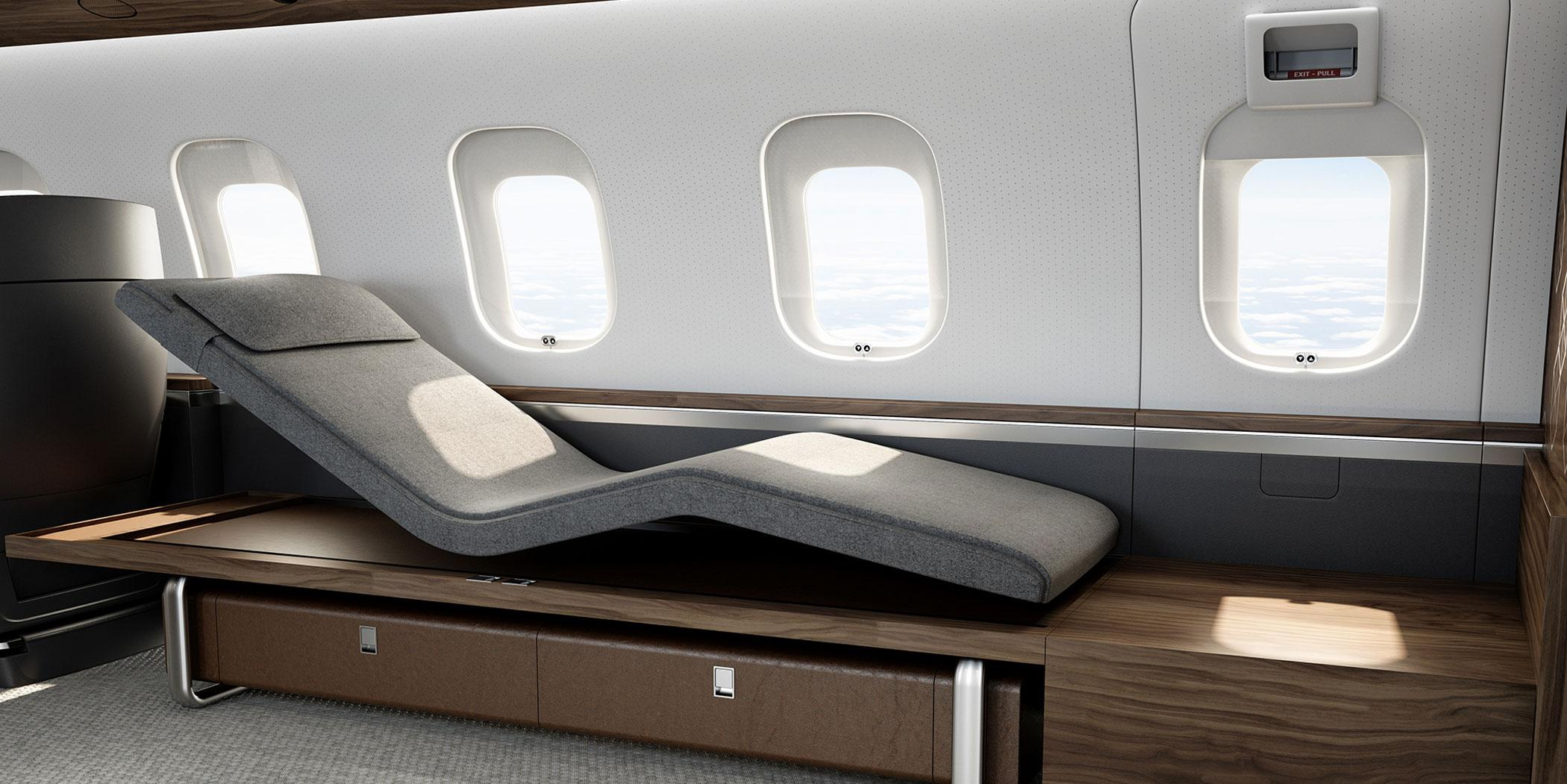 Bombardier's Nuage chaise lounge