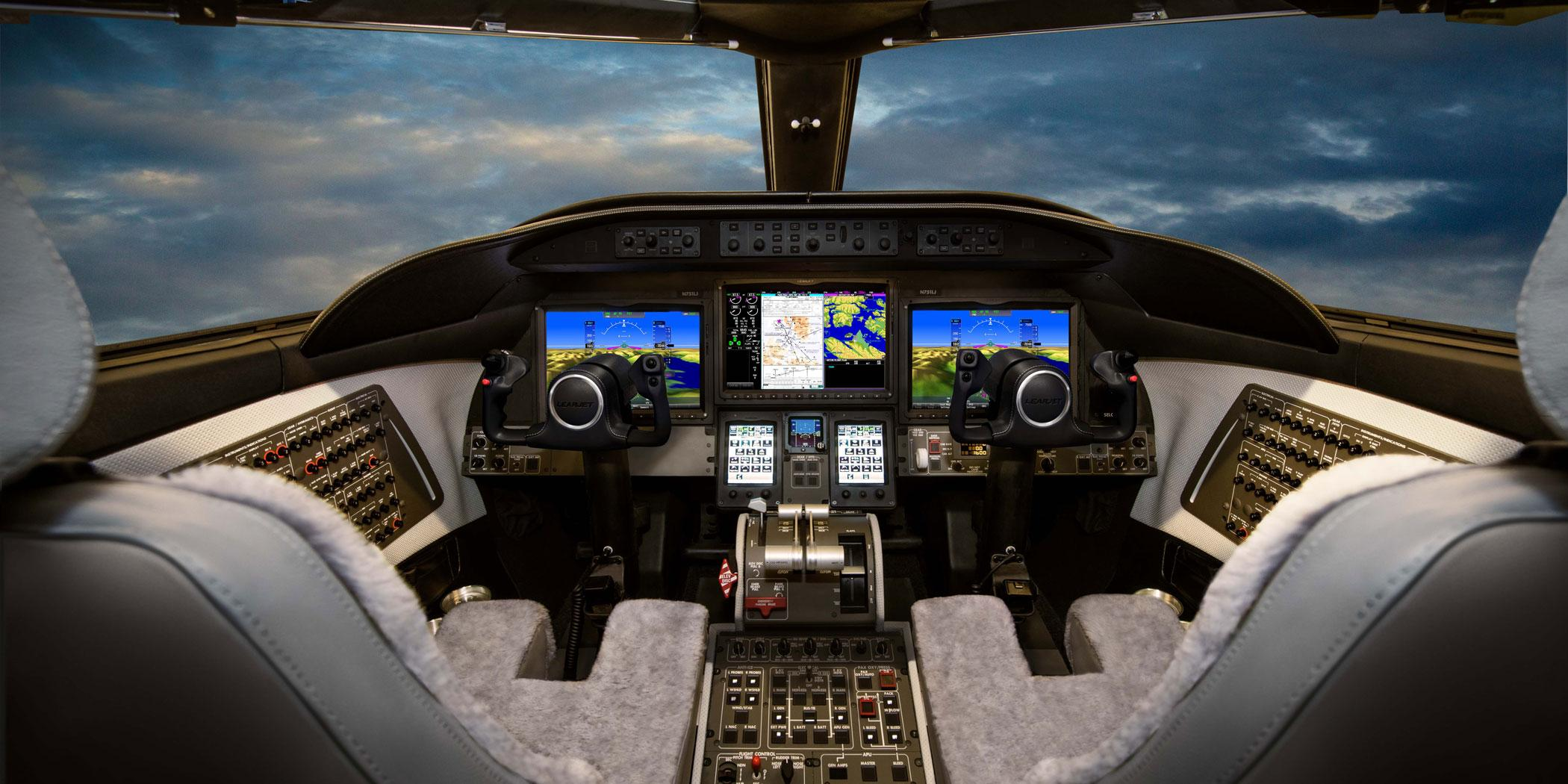 Learjet 75 Liberty cockpit
