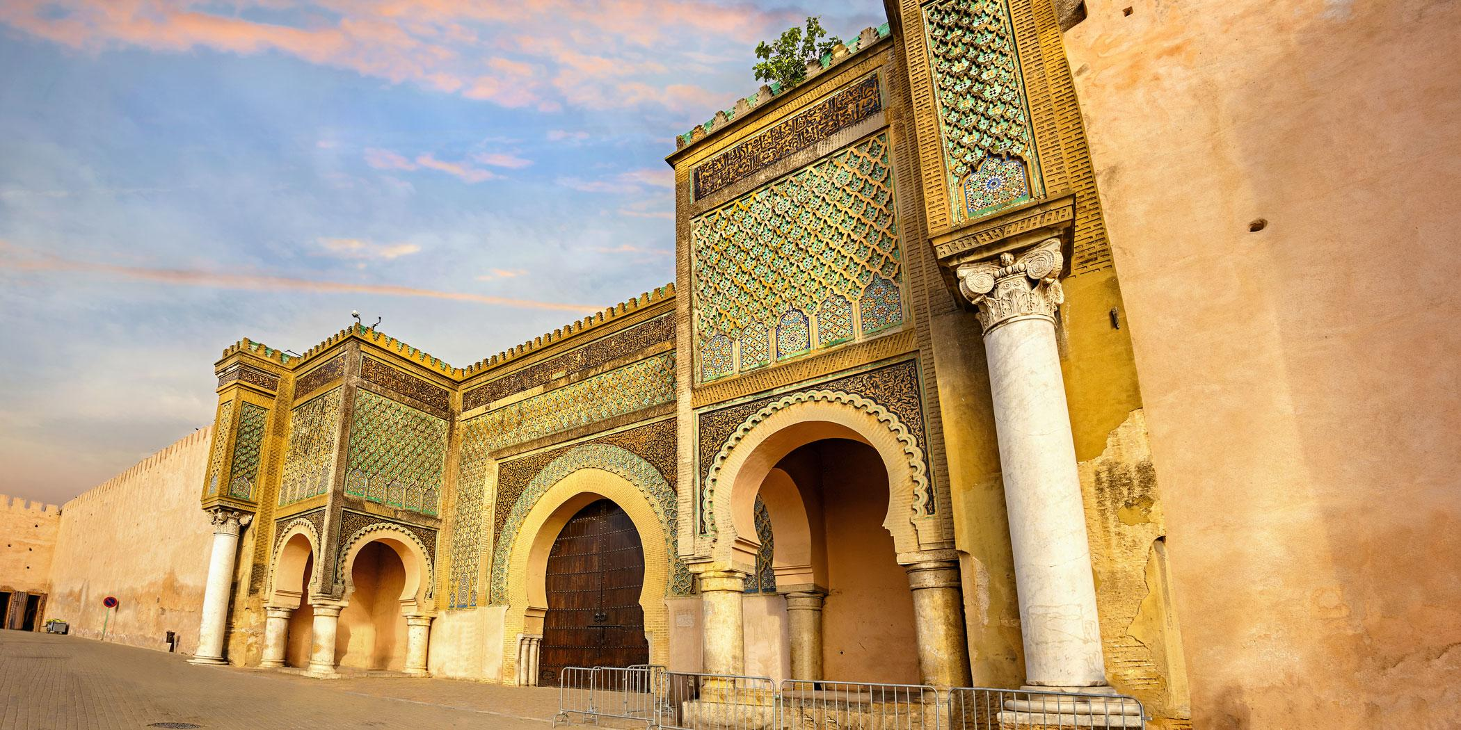 Bab Mansour, the largest of 27 gates to the original city of Meknes (Photo: Adobe Stock)