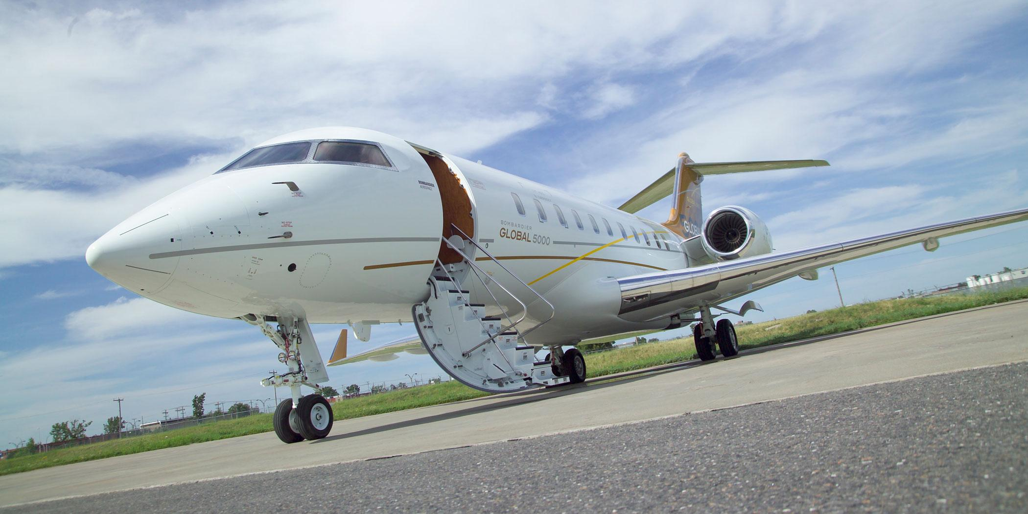 Global 5000 on tarmac