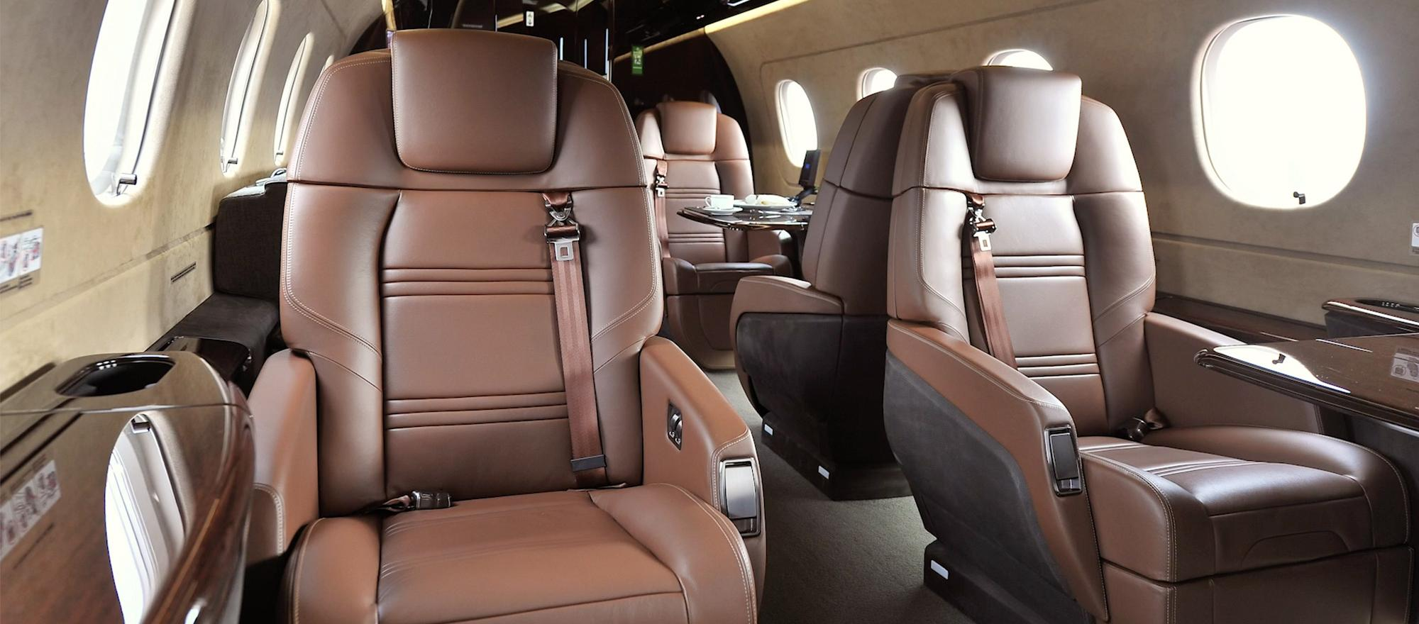 Embraer Debuts Legacy 450 and 500 Seats