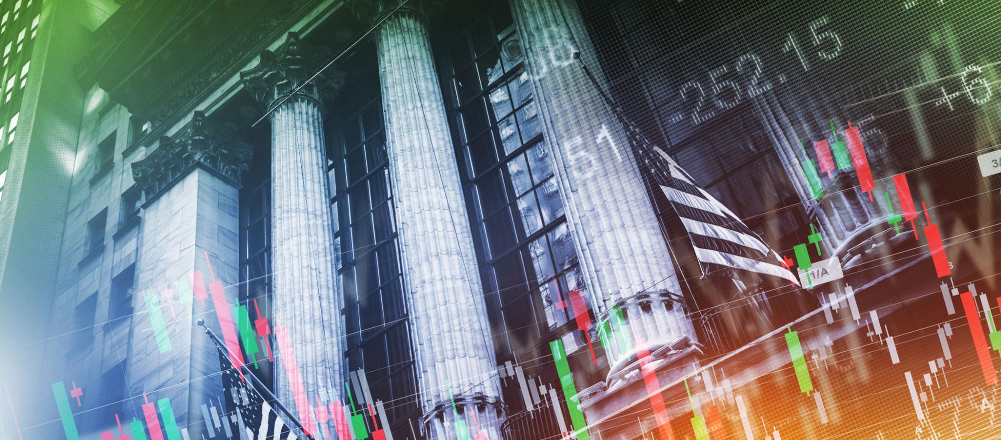 collage of financial institutions and graphs (Photo: Fotolia)