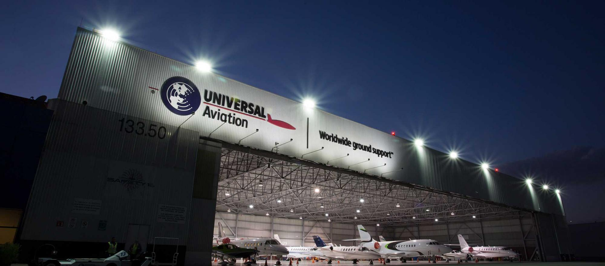 Universal Weather and Aviation