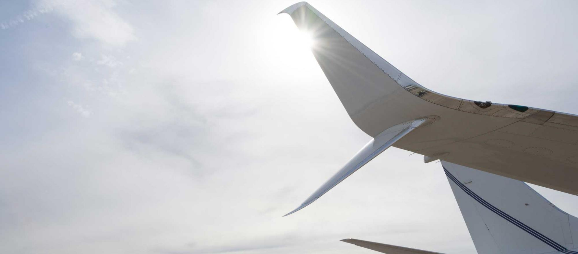 Aviation Partners split scimitar winglet retrofit by Jet Aviation