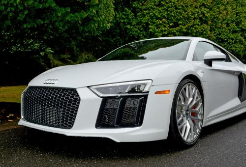 Audi R8 v10 PHOTO: IAN WHELAN