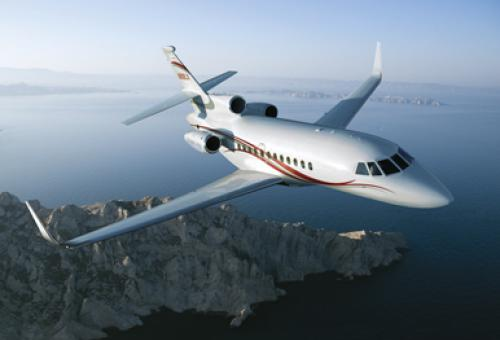 A Falcon 900 needs more maintenance than a Twinjet, but burns less fuel than