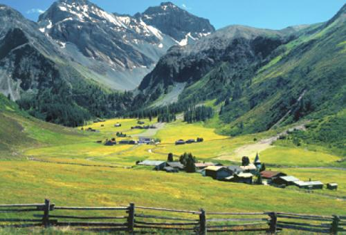 Sertig, a hamlet near Davos. In the backround are Mt. Plattenfluh and Mt. Hoc