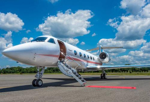 Vista and JetSmarter To Tie The Knot
