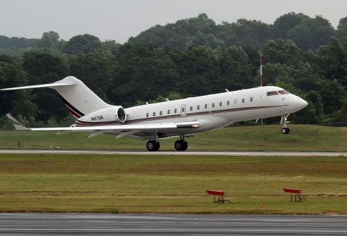NetJets Makes Delivery Run for Hospitals