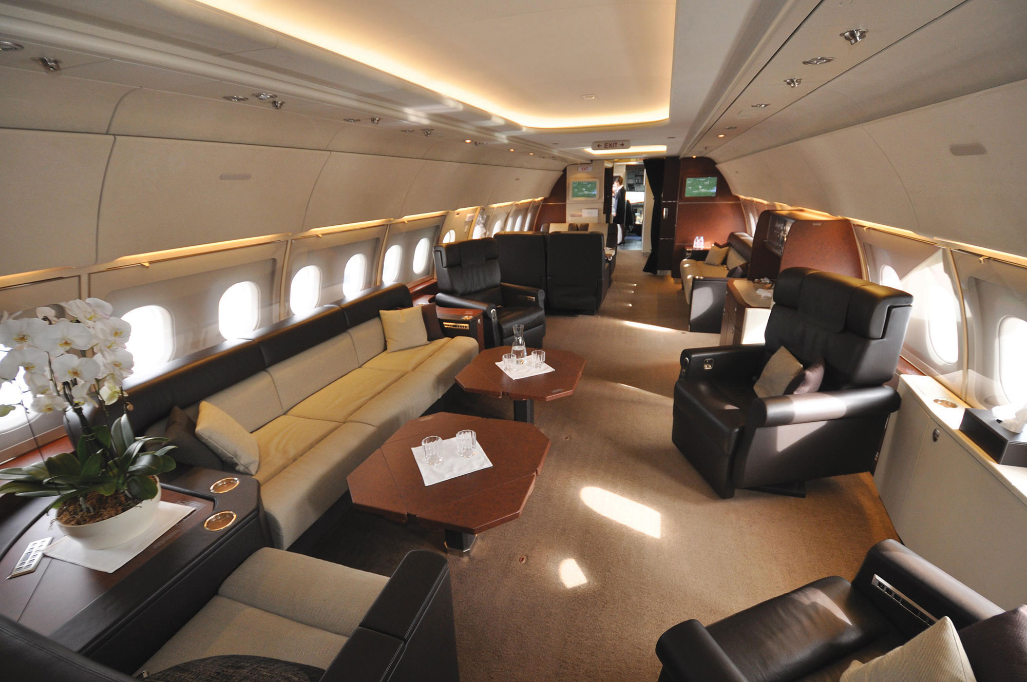 Air Force One Layout Floor Plan A Flying Mansion Business Jet Traveler